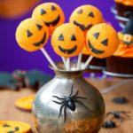 21872679 - halloween cake pops