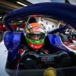 """Kvalifikace F2 na Indy dráze v Bahrajnu: """"Letec"""" Nissany připravil Delétrazovi s Piquetem startovní místa 10 a 13"""