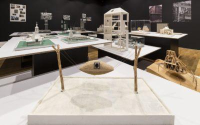 Galerie Jaroslava Fragnera vydává obsáhlou publikaci ke 100 letům vzájemné interakce japonské a české kultury a architektury