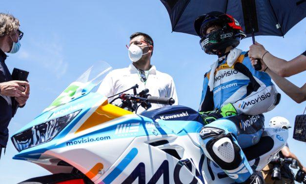 König v prvním závodě v Itálii skončil na 24. místě. V neděli se chce držet s nejlepšími