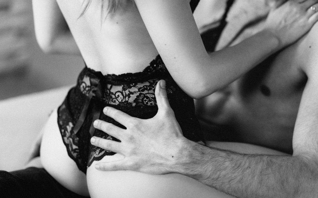 Pozor na letní lásky, mohou mít pachuť sexuálně přenosných infekcí