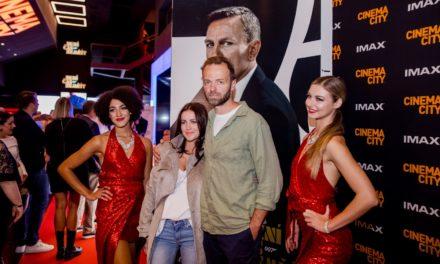 Rok a půl trvající čekání fanoušků agenta 007 skončilo